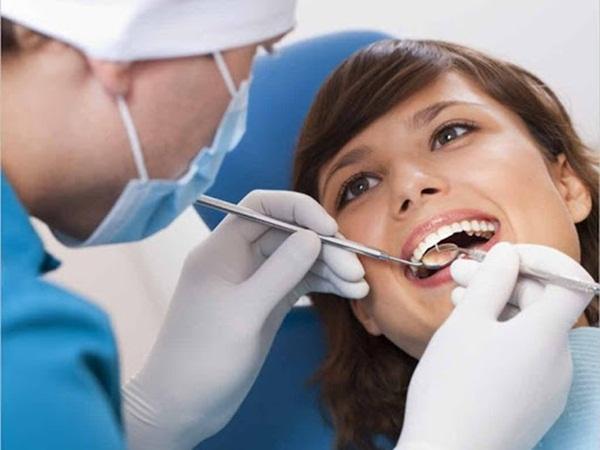Đội ngũ bác sĩ giàu kinh nghiệm tại Platium Dental Group sẽ khiến bạn tin tưởng