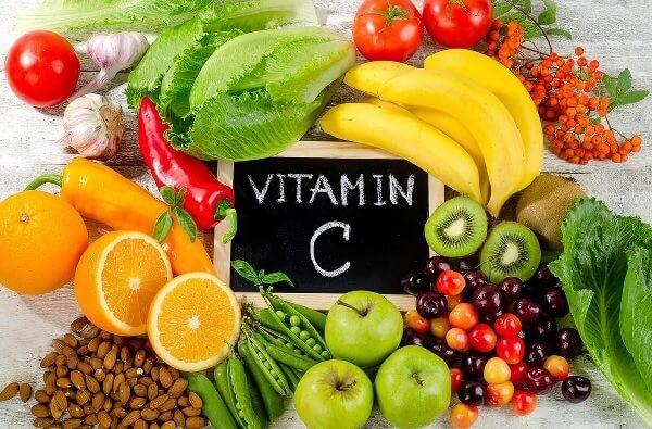 Bổ sung vitamin C ngoài giúp răng chắc khỏe còn giúp cơ thể tăng sức đề kháng