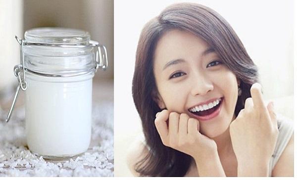 Sử dụng nước vo gạo để làm răng trắng hơn