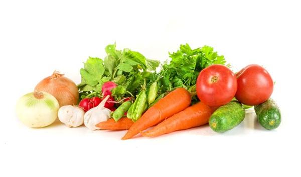 Một số tinh chất trong rau củ sẽ giúp chúng ta có một hàm răng trắng