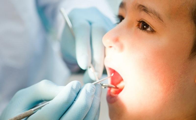 Có thể xử lý xiết chân răng như thế nào?