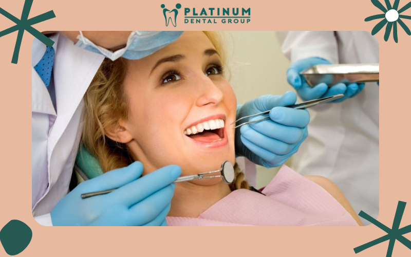Cạo vôi răng và đánh bóng hàm có gây nên biến chứng nào không